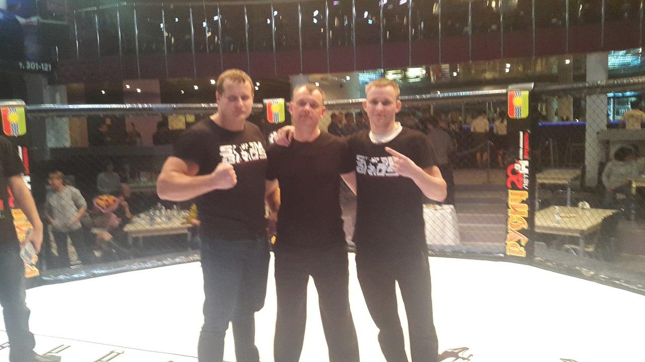 Бокс девушек омске
